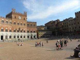 Piazza del Campo 2-Siena.jpg