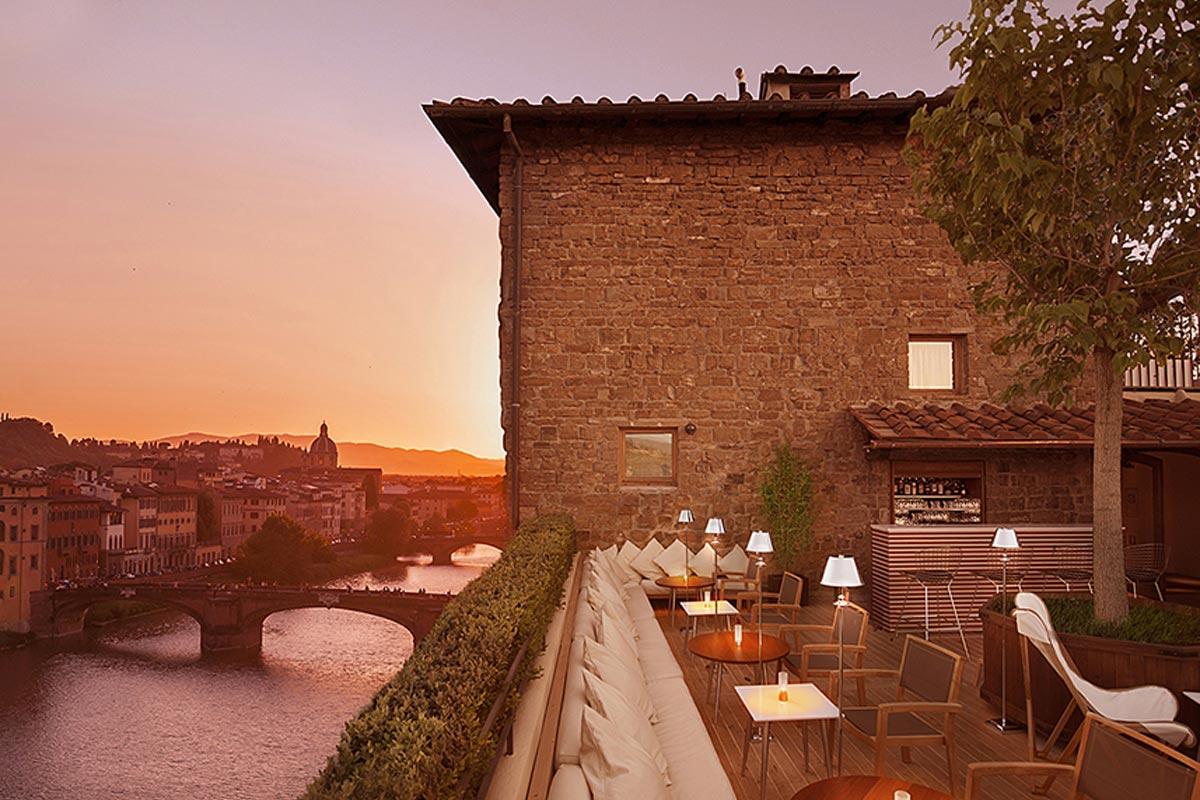 La Terraza Rooftop Bar