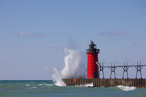 South Haven Lighthouse.jpg