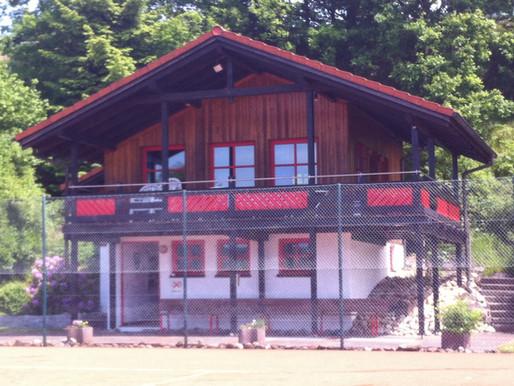 Neuer Boden für unser Clubheim - Tennisheim im neuen Look