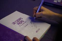 Un Cuerpo Propio book