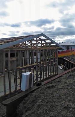oto-retaining-wall-garage