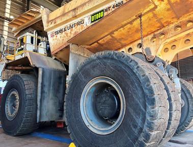 2, Carbon Tech Mining, wheel covers.jpg