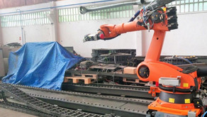 Koch checks Kuka Robot in Spain prior to delivery