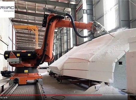Video: Kuka Robot mills first foam blocks