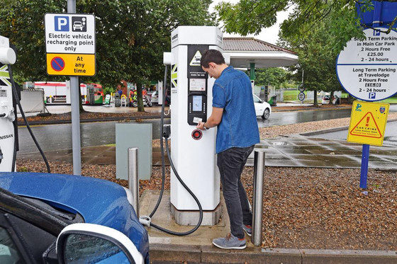 Ban plug-in hybrids from EV charging bays, say experts