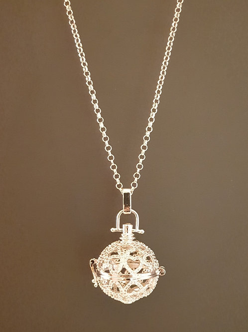 Essential oil Diffuser Locket Necklace Little Hearts (Silver)