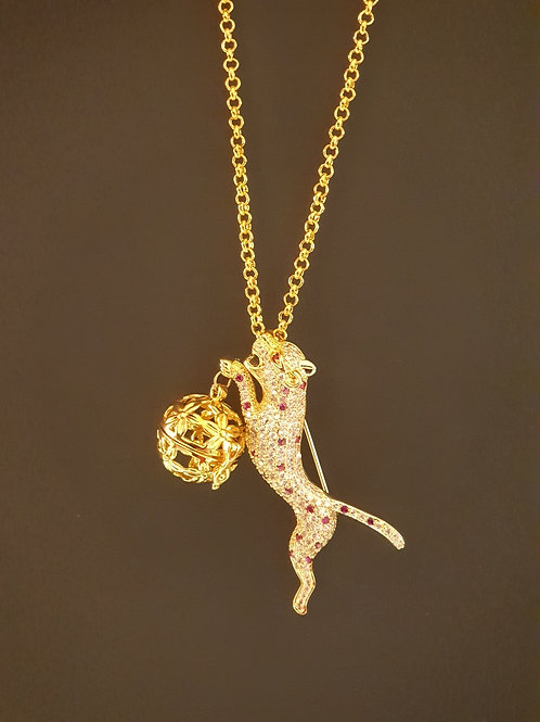Essential oil Diffuser Locket Necklace Cheetah (Gold )