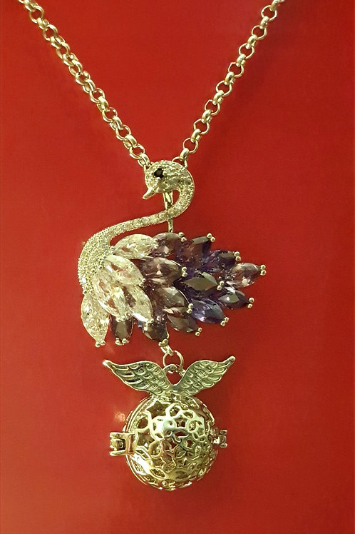 "Essential oil Diffuser Locket Necklace ""Swan"""