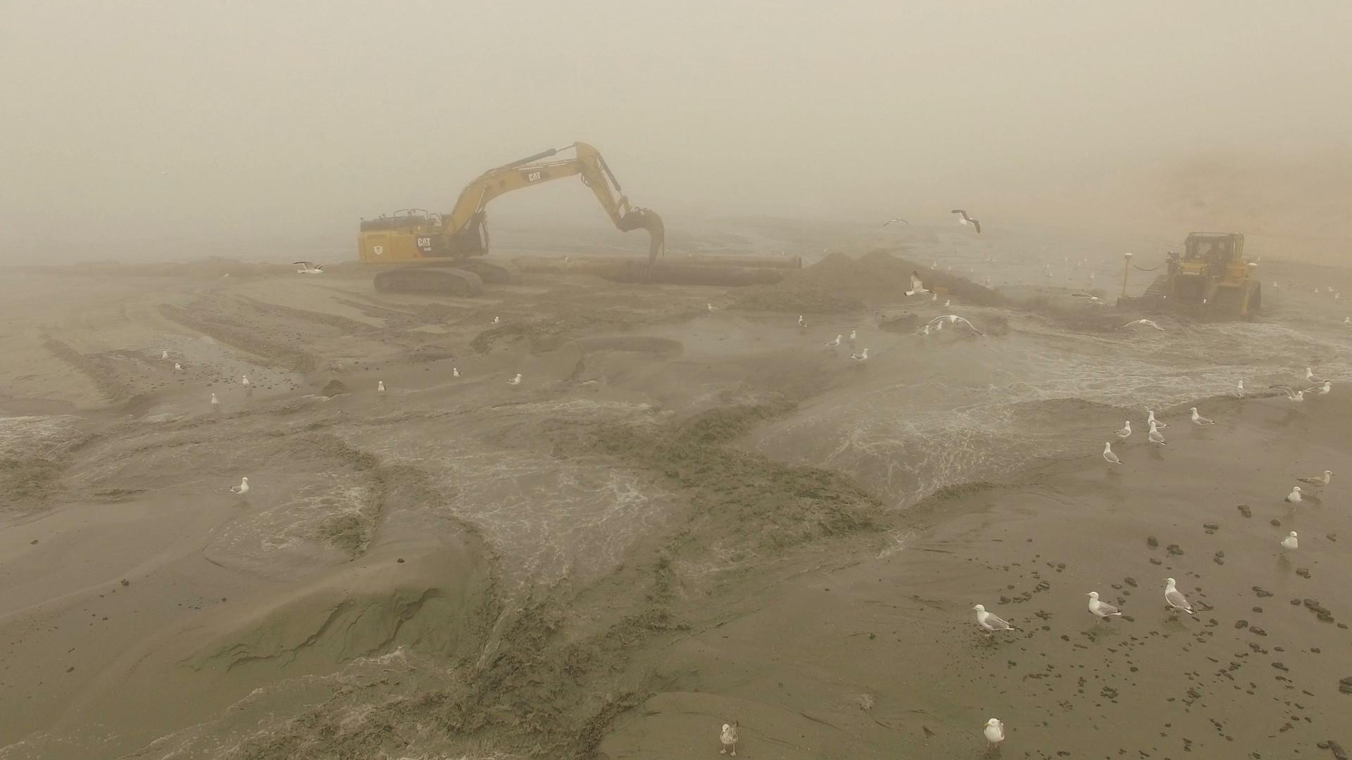 Rijkswaterstaat aan het werk, zandsuppleties
