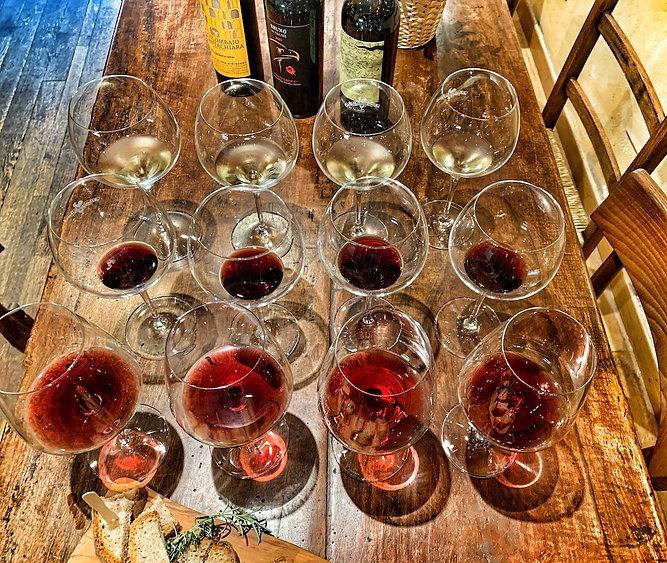 Degustazione al vinaino di Greve.jpeg