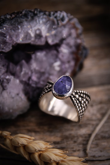Size 8.75 • beaded goddess ring with tanzanite cabochon