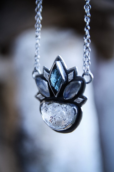 The Ice witchs crown necklace with lepidocrocite