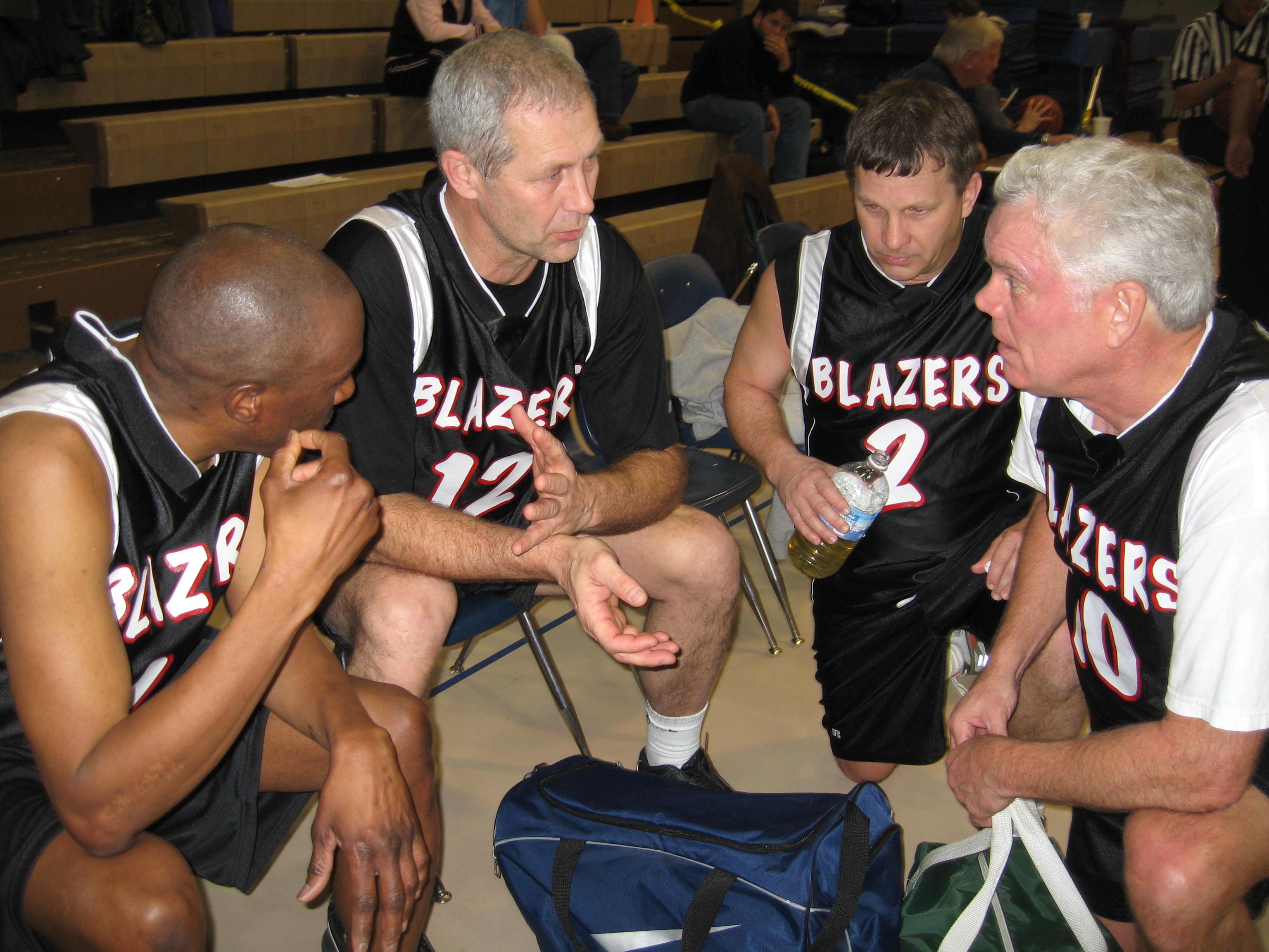 Blazers huddle 2009