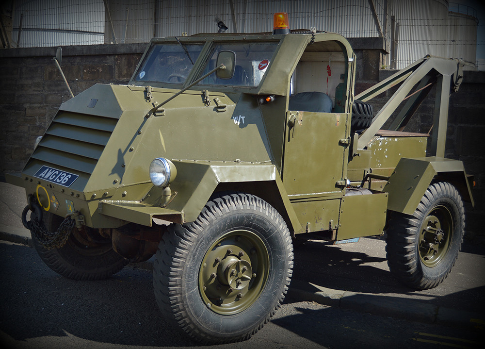 Miliary recovery vehicle