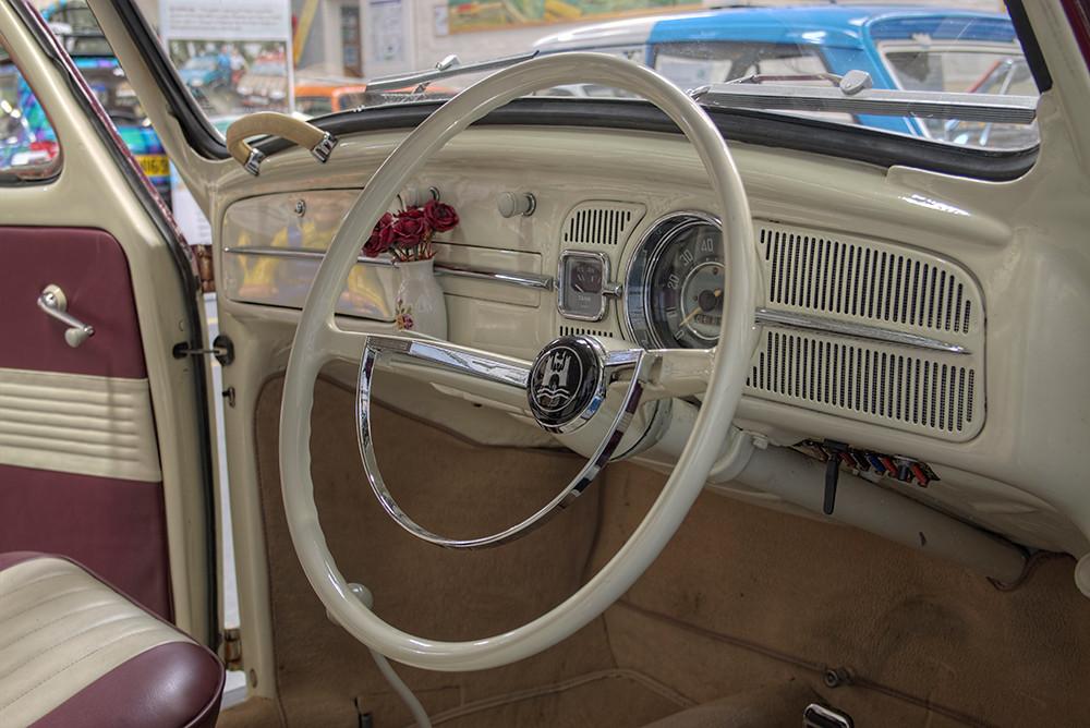 VW Beetle - interior