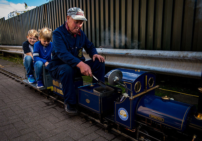 Model steam train at Dundee Museum of Transport