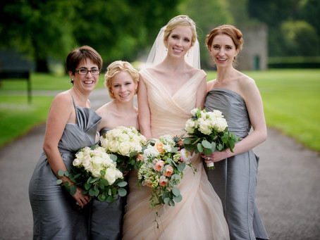Classic bouquets and wedding flowers