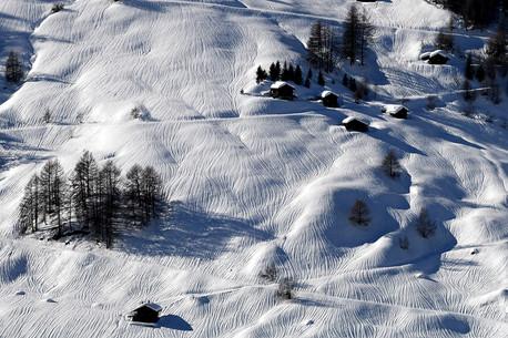 Rivulets on snow