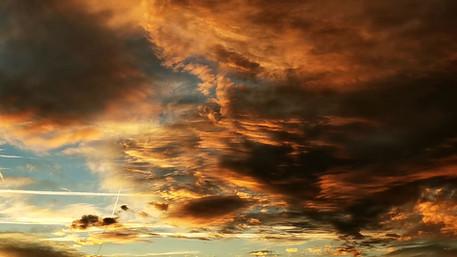 December evening sky timelapse.