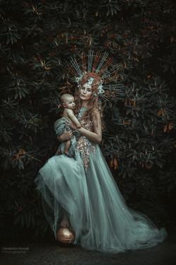 Virgin Mery and baby