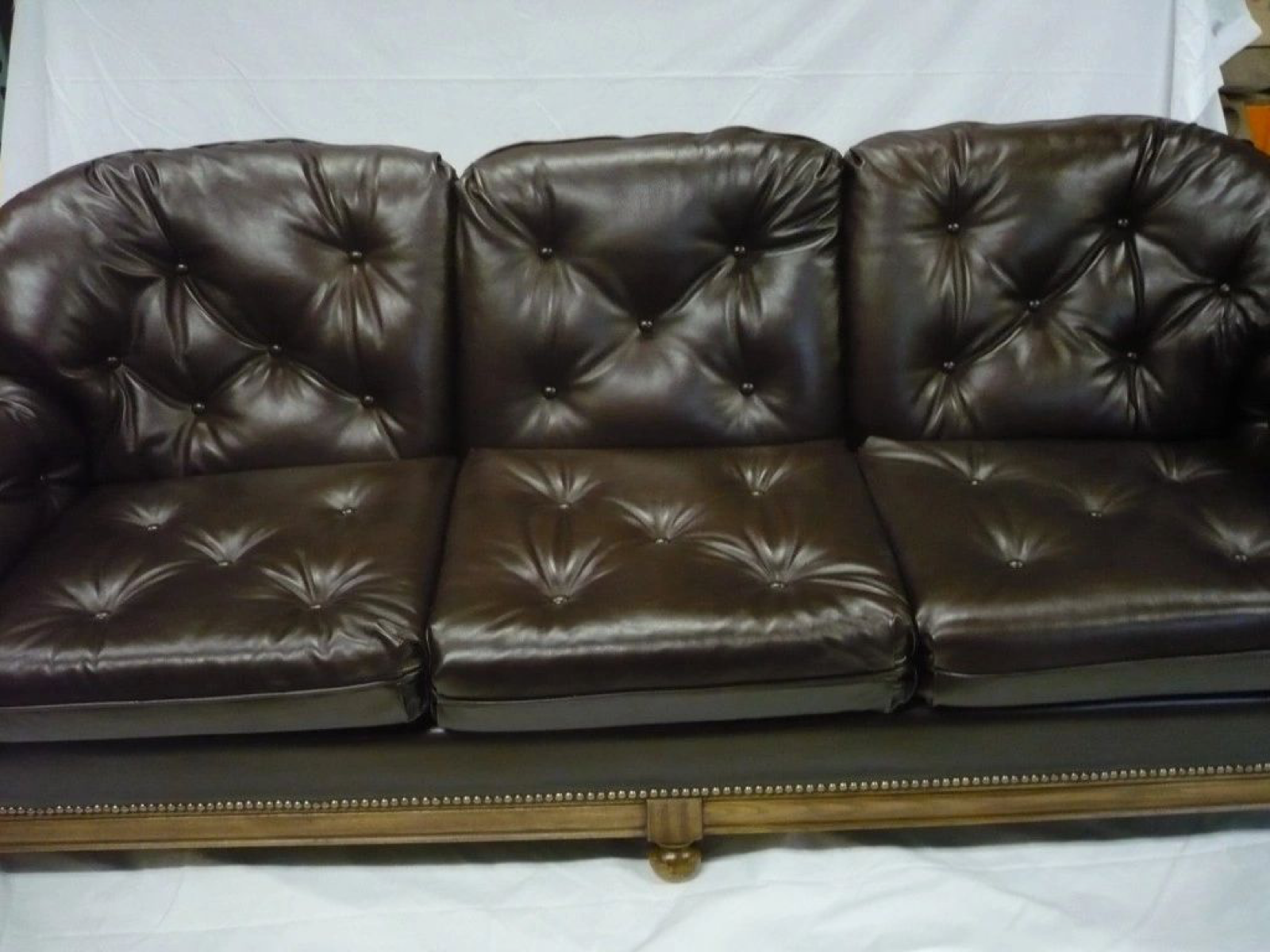 brown couch 4