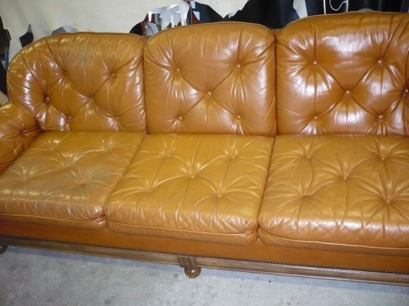 Brown couch 1