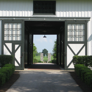 Man o'War Barn at Faraway Farm
