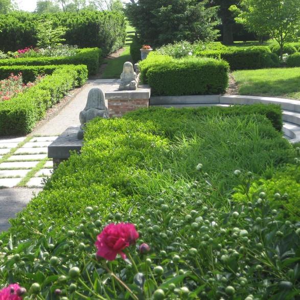Mt. Brilliant Garden
