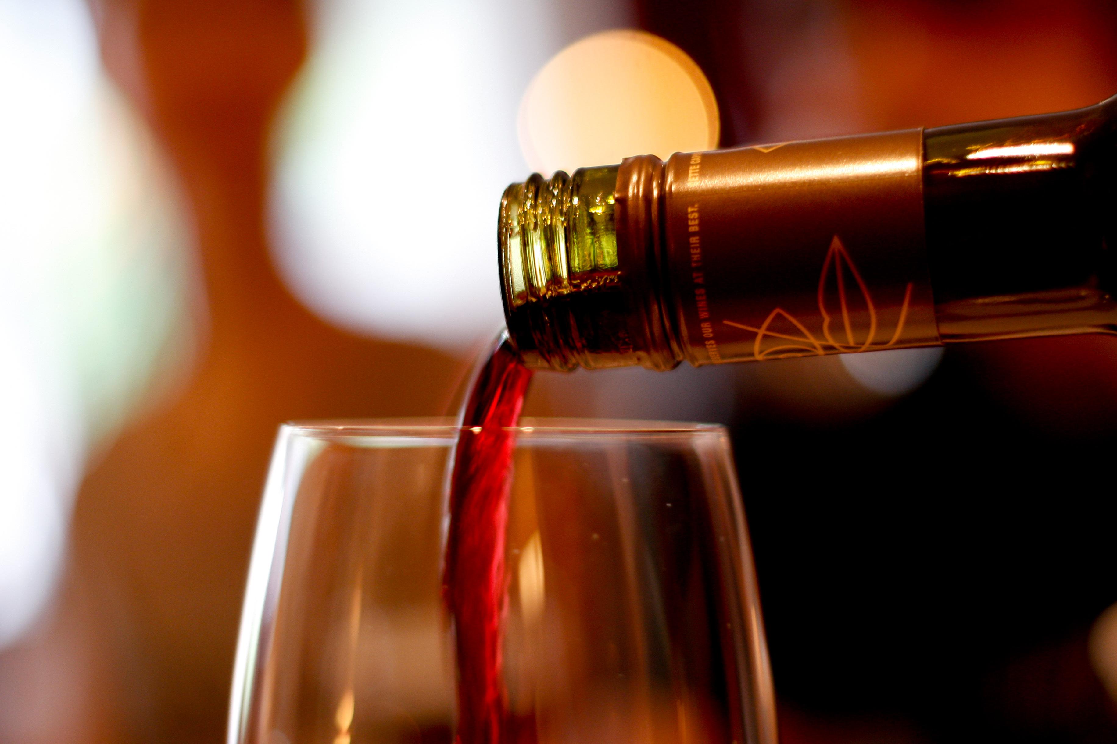 SHOP: MALBEC WINE