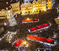 SHOP: CHRISTMAS MARKET TWILIGHT