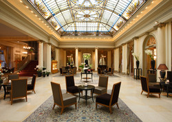 STAY: HOTEL BELLEVUE PALACE