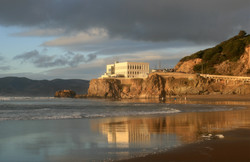 DRINKS: CLIFF HOUSE