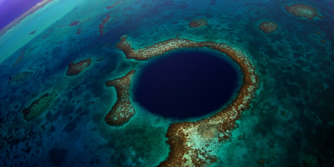 SEE & DO: GREAT BLUE HOLE - UNESCO