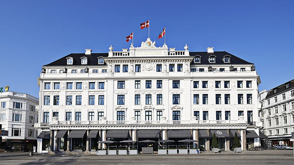 STAY: HOTEL D'ANGLETERRE