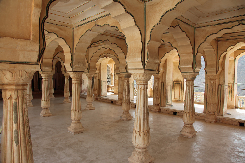 SEE & DO: AMBER FORT