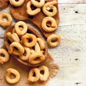 taralli-traditional-italian-snack-puglia
