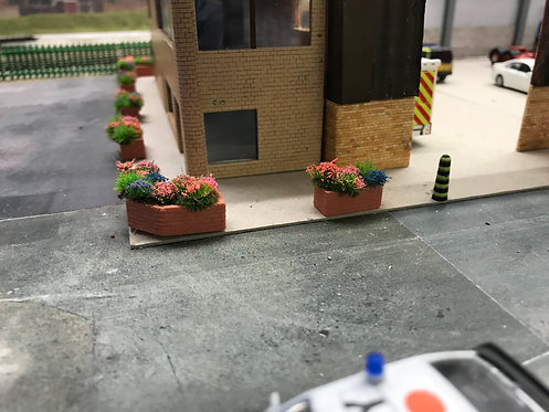1.76 3D Printed flower planters with flowers - 3pkt