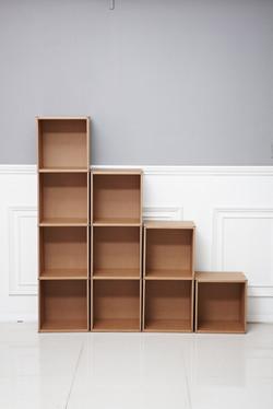 Cardboard book shelf type 2