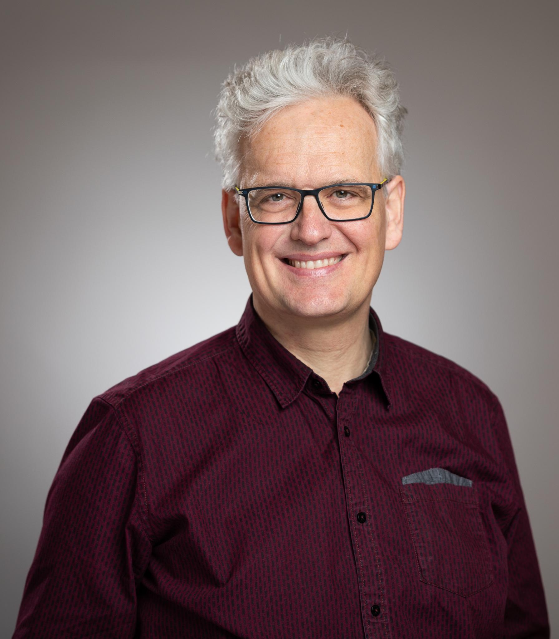 Frank Loebbecke, 53