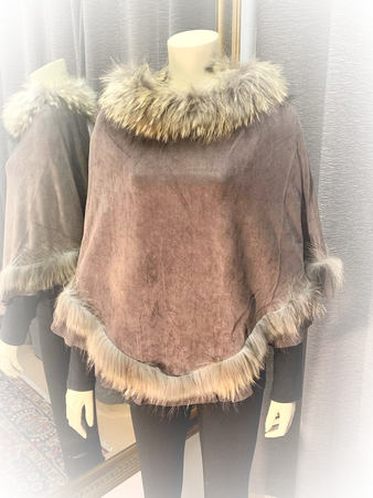 Soft Poncho w/Raccoon Fur Trim