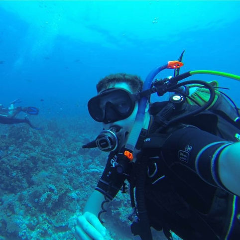 Jamie Shaw - PADI Assistant Instuctor with DiveMania Scuba