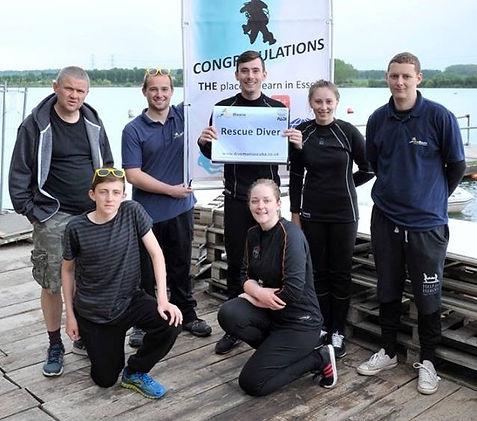PADI Rescue Divers with DiveMania Scuba