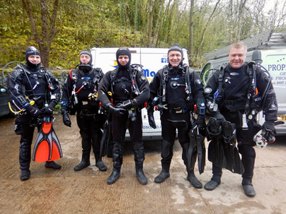 Ready to dive with DiveMania Scuba