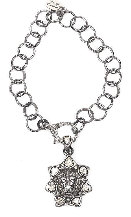 Sparkling Sliced Diamond Encrusted Lion Bracelet