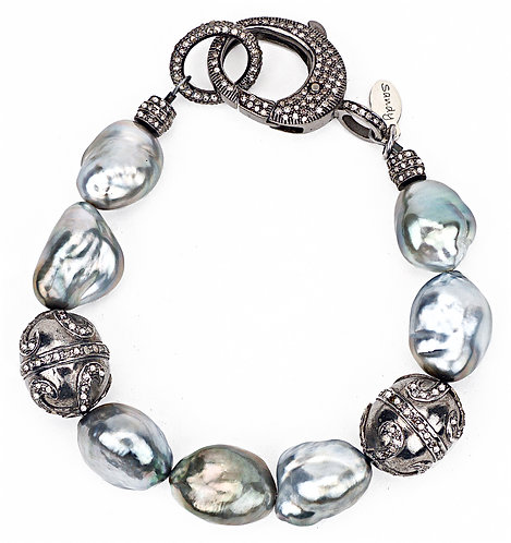 BAROQUE TAHITIAN PEARL DIAMOND CLASP BRACELET