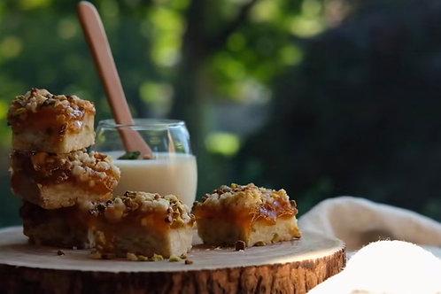 Nut/Pistachio Jam Cookie
