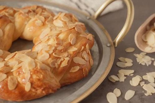 Honey Butter Wreath Bread