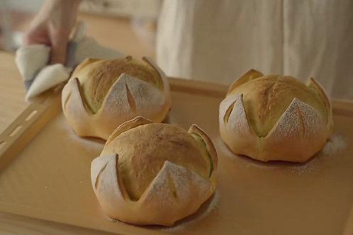 Green Tea Sweet Bean Flower Bread