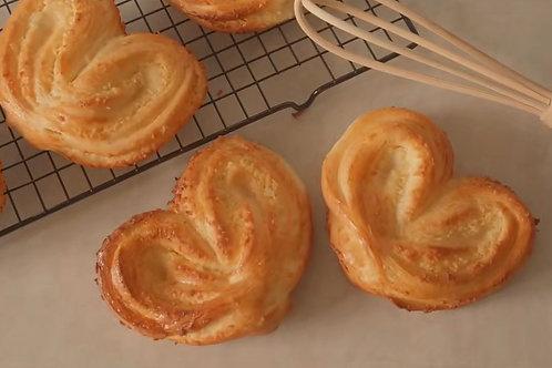 Heart-shape Coconut Bread